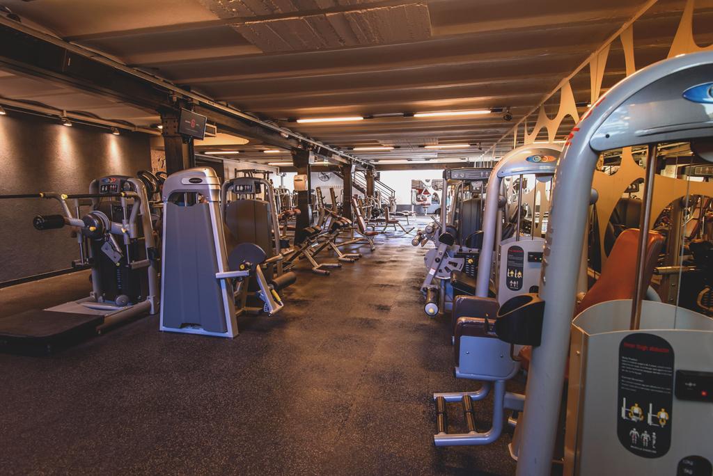 Full fitness el gimnasio m s moderno del sur argentino for Gimnasio mas